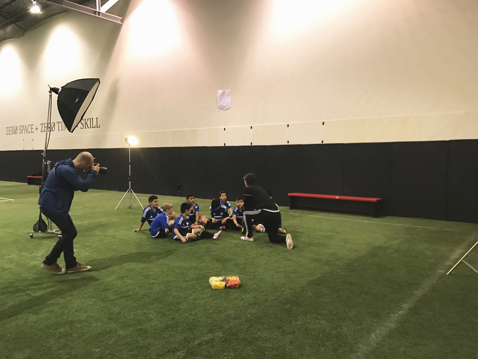 2017-Vancouver-BTS-Photographer-ErichSaide-Behindthescenes-Prosmart-Soccer-Group