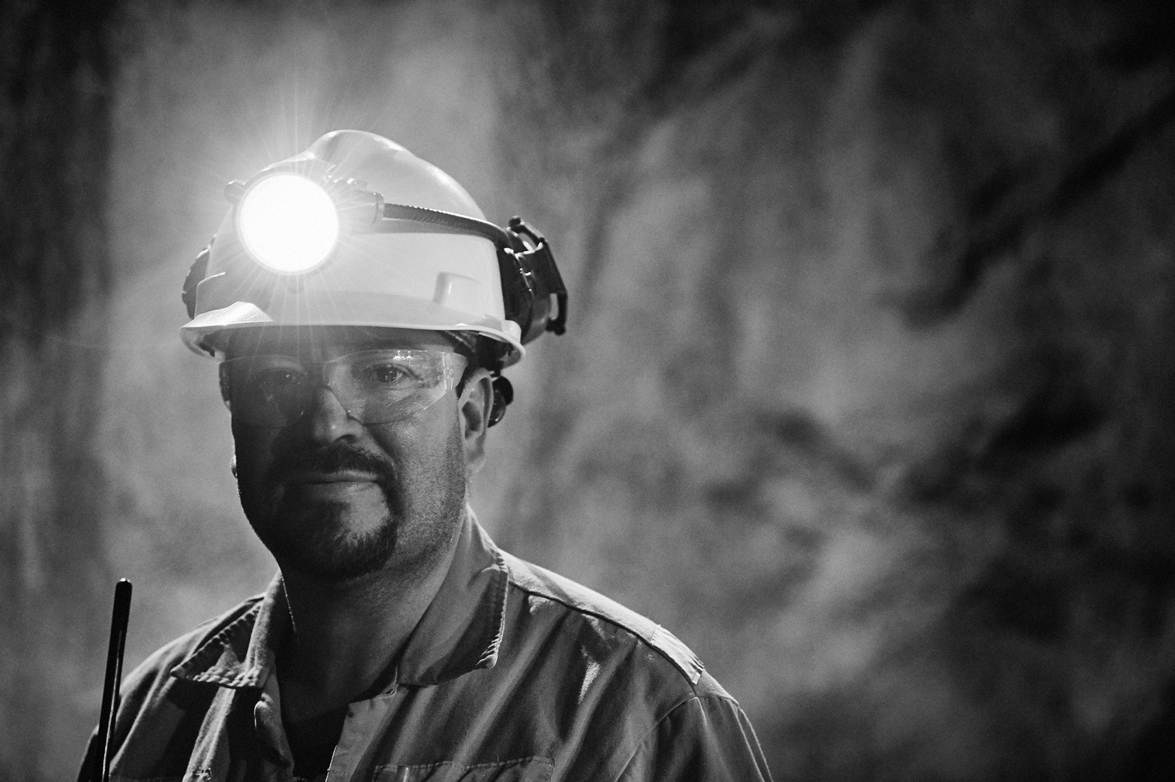 2017-Vancouver-Corporate-Photographer-ErichSaide-Mining-Leagold-BlackandWhite-Portrait