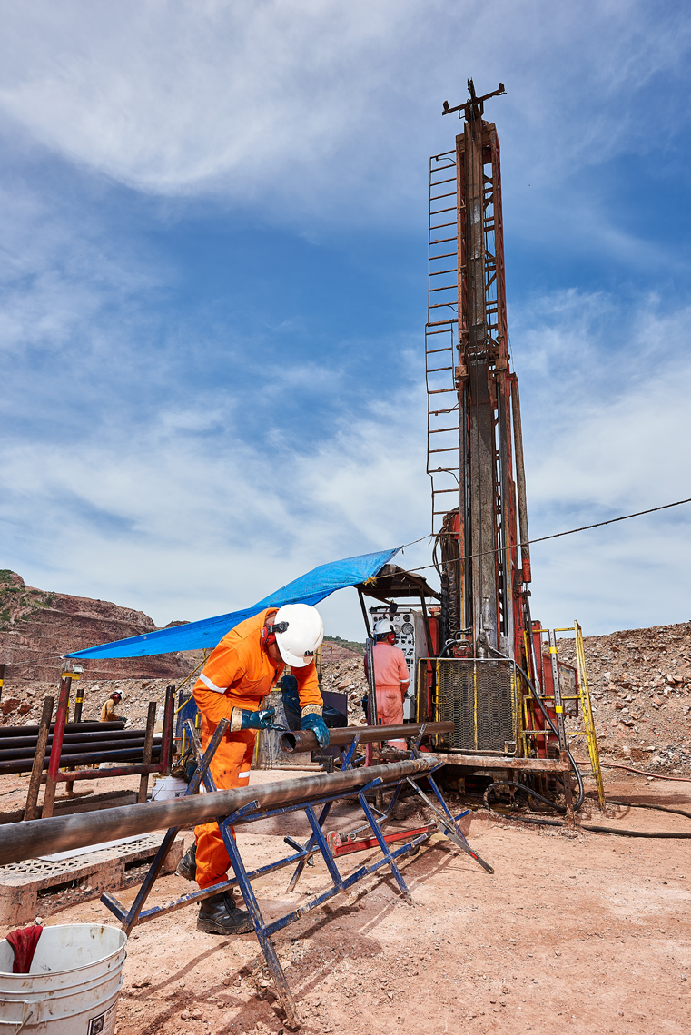 Vancouver-Corporate-Photographer-Erich-Saide-Mining-Leagold-Drill-Exploration