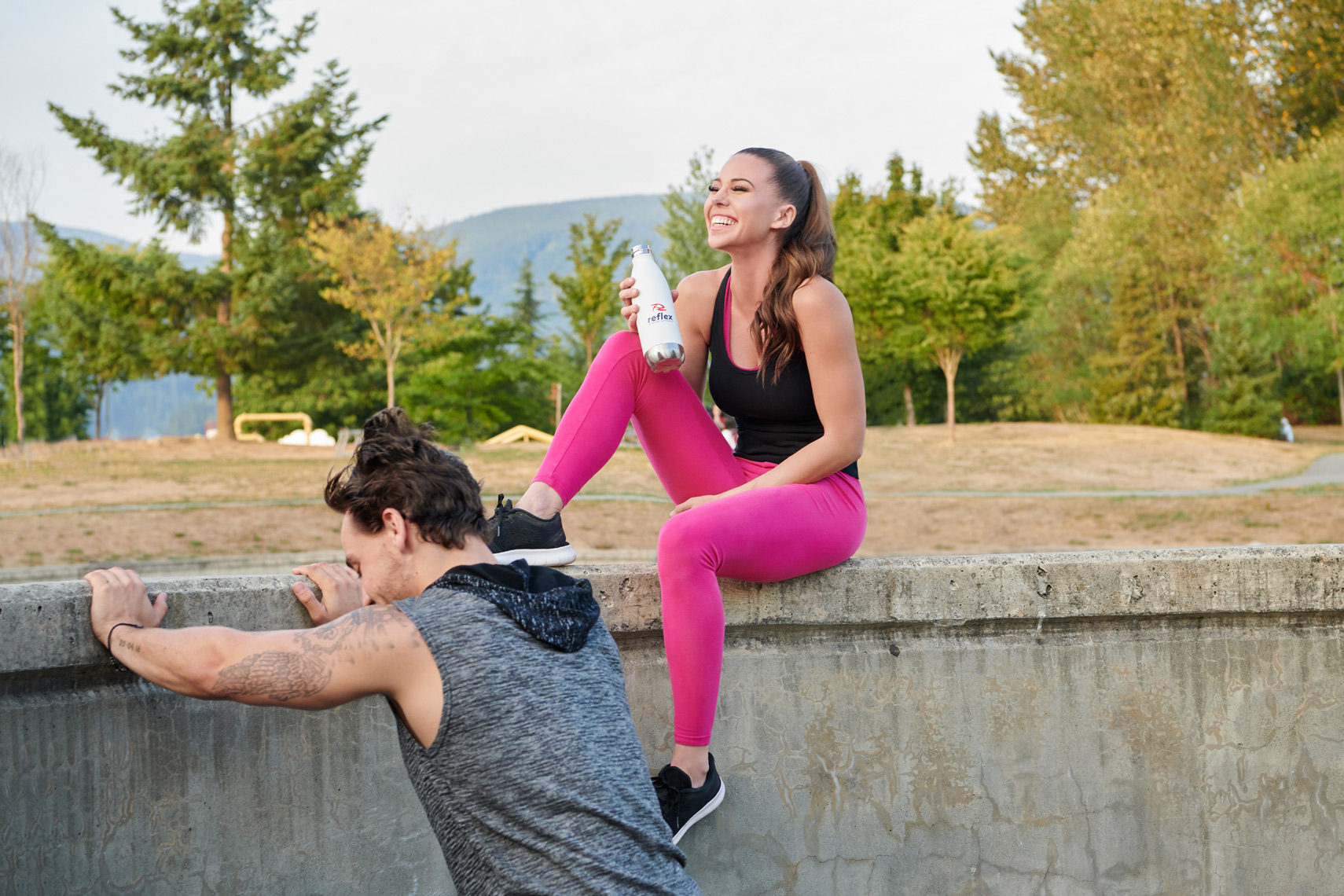 2017-Vancouver-SportsandFitness-Photographer-ErichSaide-Advertising-Reflex-Supplements-Laughing-Workout