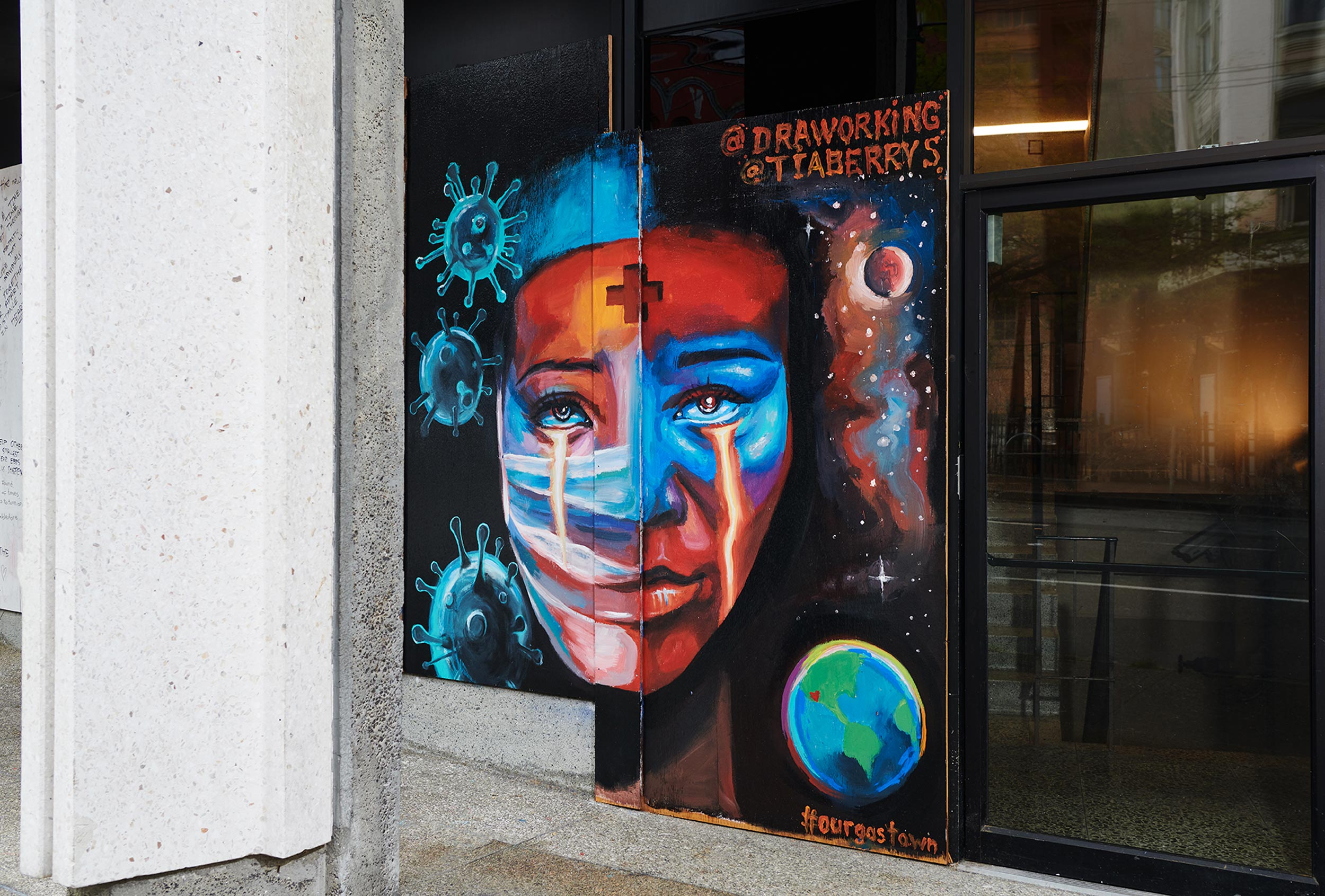 2020-Pandemic-Murals-of-Gratitude-Gastown-Vancouver-Art-Personal-Project-Erich-Saide-Photographer-Artists-Tia-Berry-Andrei-Draworking